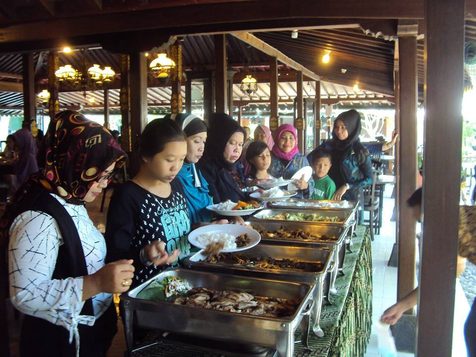 yang melakukan kunjungan wisata ke Jogja bersama Kami: