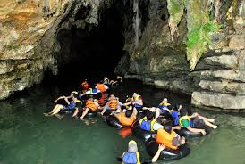 Paket wisata gua pindul yogyakarta